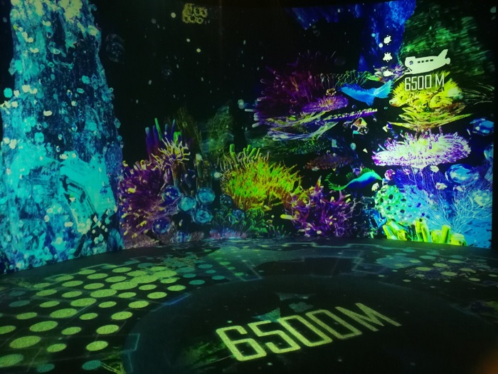 光の深海展(OCEAN BY NAKED)